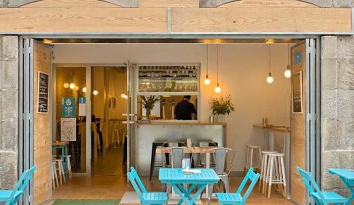 UGT consigue establecer el salario mínimo en 1.000 euros mensuales para el sector de hostelería de Pontevedra
