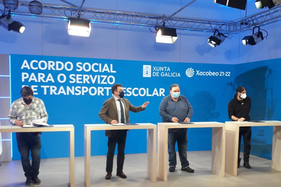 UGT firma los Acuerdos Sociales del transporte escolar con la Xunta